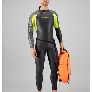 saftey swimmer